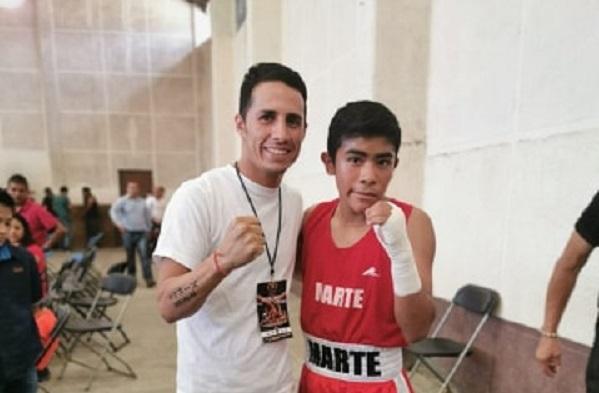 """""""El Demonio Soto"""" juventud y actitud para el Boxeo"""